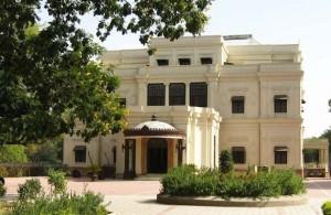 lal-baag-palace