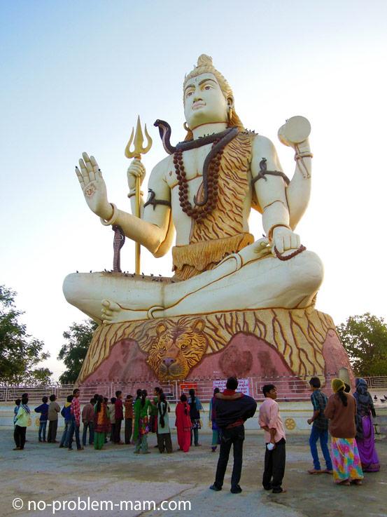 Nageshwar Jyotir Lingam temple