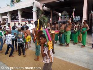 Danse Kavadi