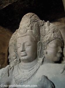 Grotte n°1 - Shiva à trois têtes - La trimutri