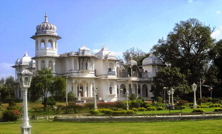Gulab Bagh - Udaipur