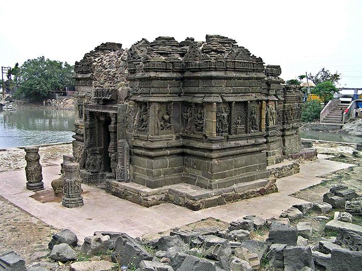 Lakukisa temple sur la colline Pavagadh