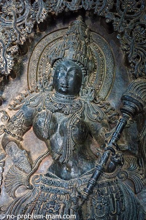 Une des sculptures du temple