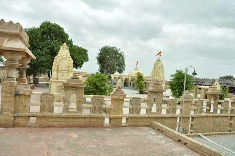 Temple de Vatesvar Mahadev
