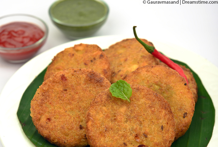 http://www.dreamstime.com/stock-images-keema-cutlet-snack-goat-meat-cutlets-which-made-spicy-minced-meat-served-along-tomato-sauce-mint-chutney-part-image48538754