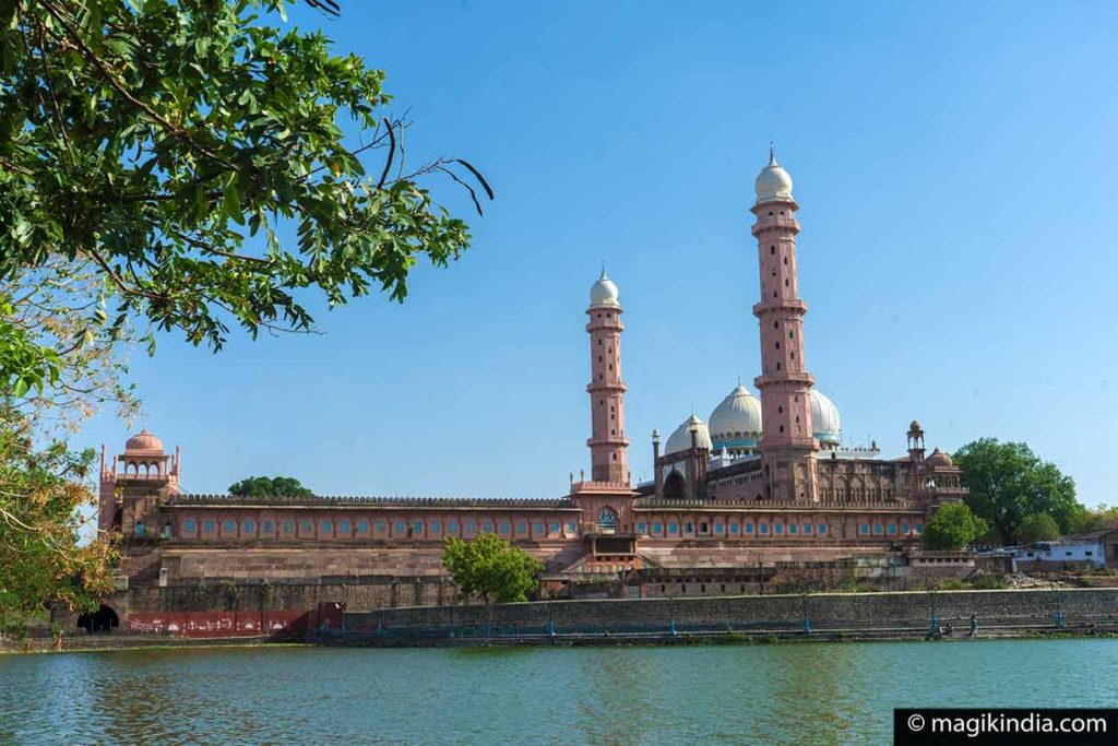 Bhopal mosque Taj-ul-Masajid