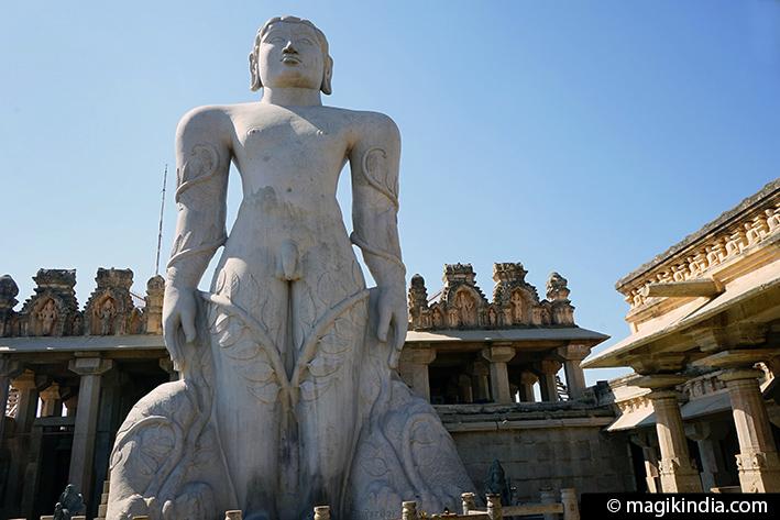 Shravanabelagola The Jain Geant Of Karnataka Magik India