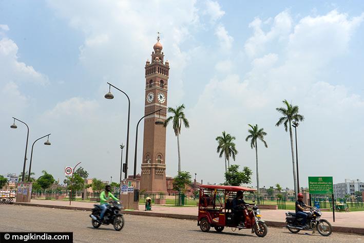 lucknow Husainabad clock tower