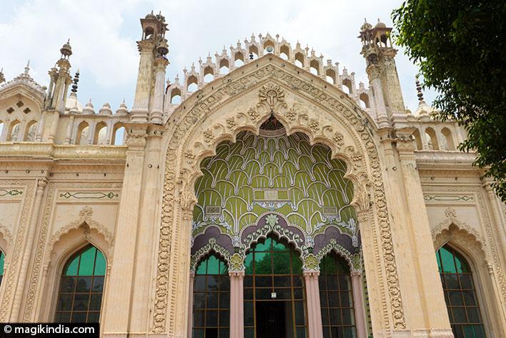 lucknow Juma Masjid