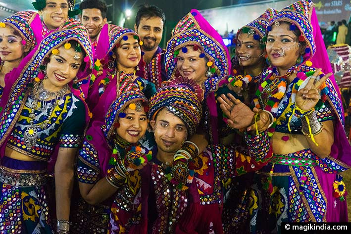 danses folkloriques inde gujarat
