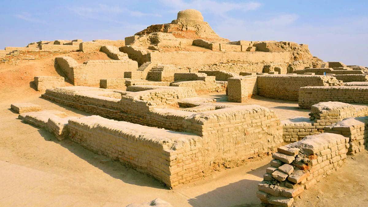 Ruines excavées de Mohenjo Daro